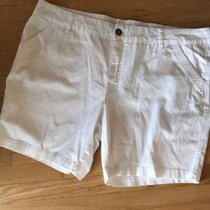 White shorts (24)